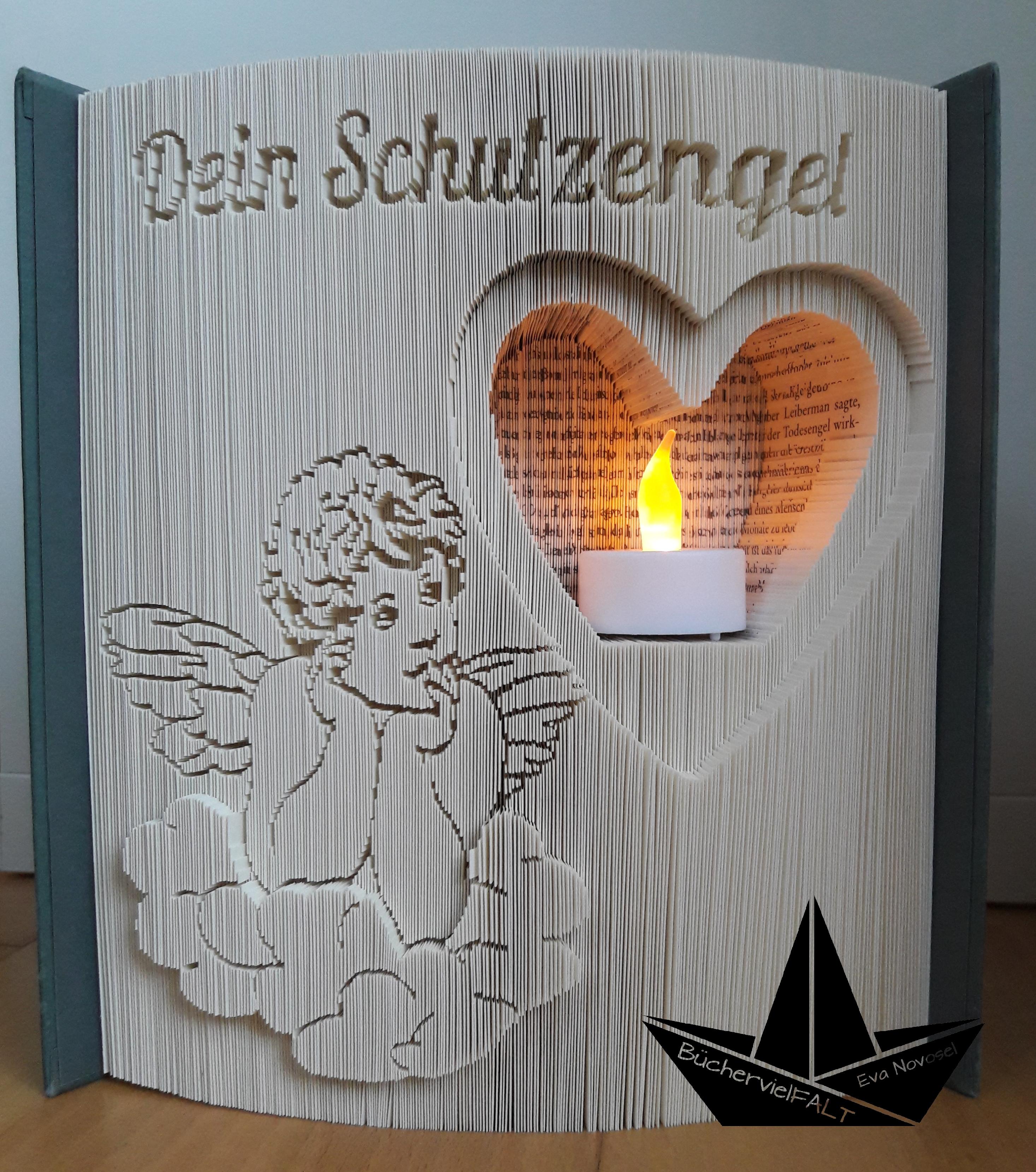 gefaltetes Buch Dein Schutzengel mit Herz und LED-Licht