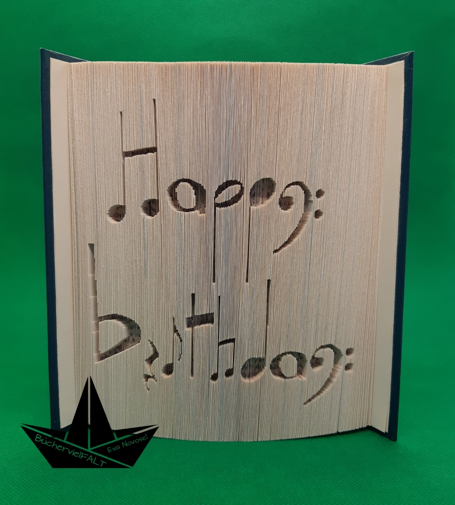 Happy Birthday aus Notenzeichen - Geschenk zum Geburtstag